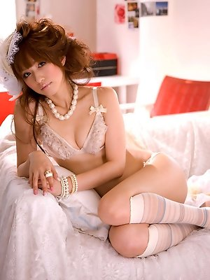 Maomi Yuuki Asian is very sexy and naughty teacher in lingerie